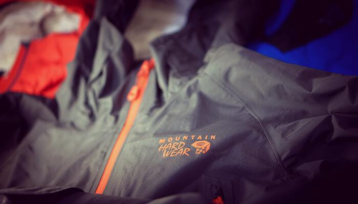 【2016年版】山歩きはこれ一着でOK!おすすめの登山向けレインウェア10着