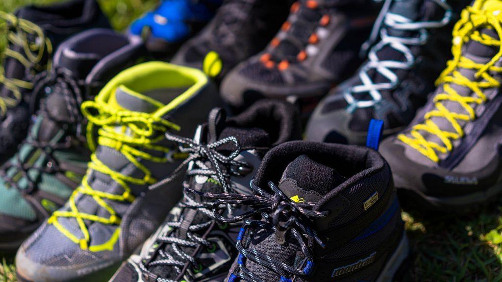 比較レビュー:日帰り登山やファストパッキングに最適な軽量ハイキングブーツを履き比べてみた