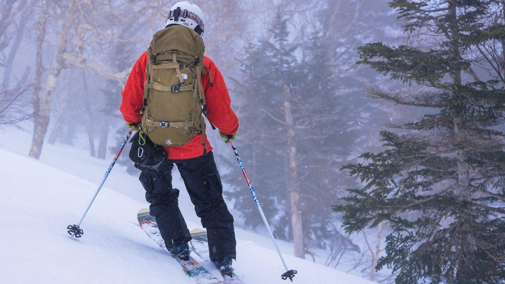 比較インプレ:バックカントリーが捗りまくる、スキー・スノボ向けバックパックを背負い比べてみた