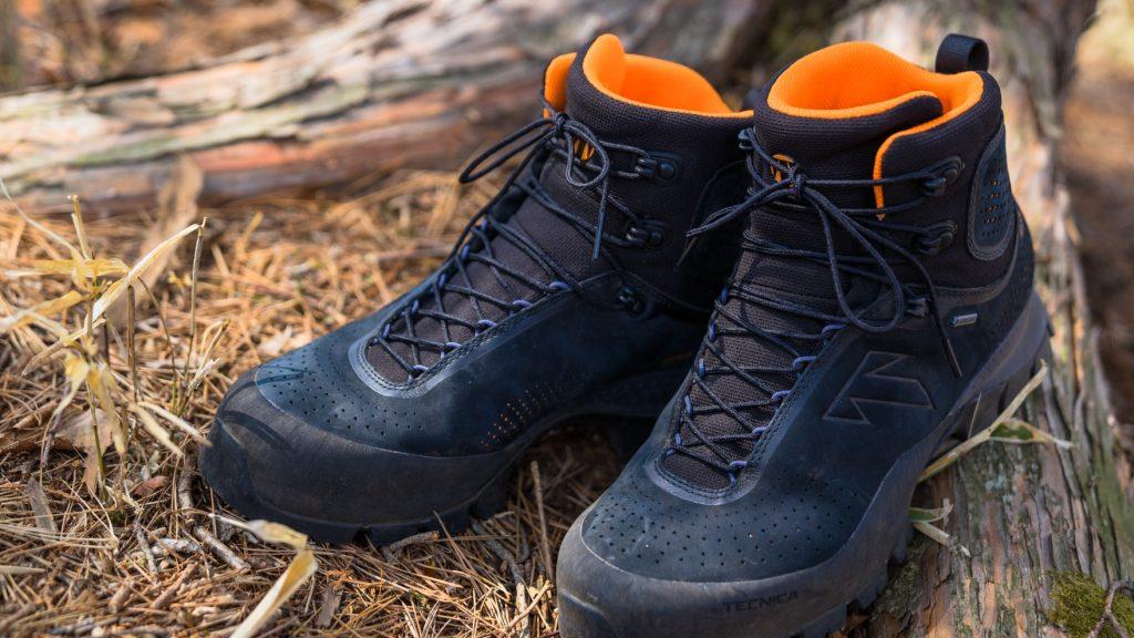Review:TECNICA FORGE これが未来か。熱成型によるフィッティングが可能な革新的ハイキングブーツの実力は?
