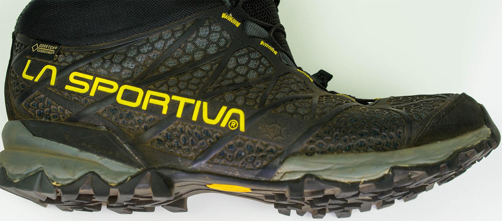 登山 靴 スポルティバ
